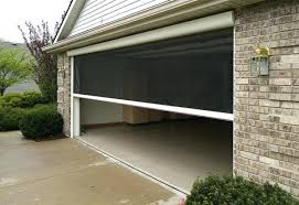 Motorized Retractable Screens for Large Openings M76 & M102