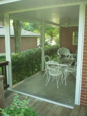 Large retractable porch screens
