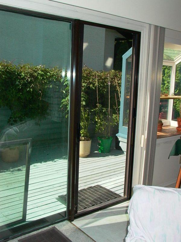 Retractable Screen Slideing Door